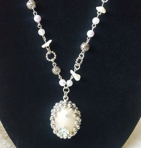 New Mother of Pearl Jewelry Set